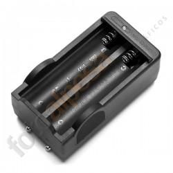 """Cargador dual para baterías especiales """"18650"""""""